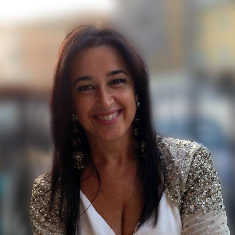 http://www.emmetiarredamenti.com/wp-content/uploads/2015/08/Tiziana-Zuccari-portrait.jpg